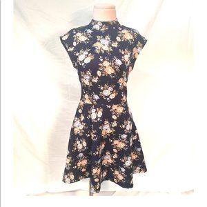 Forever 21 Floral Blue Sleeveless Summer Dress